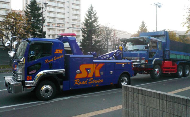 トラック搬送